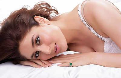 Kareena Kapoor turns a year older