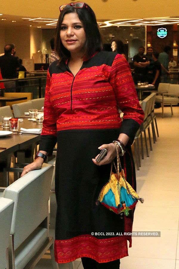 Team Rajkahini @ Quest Mall