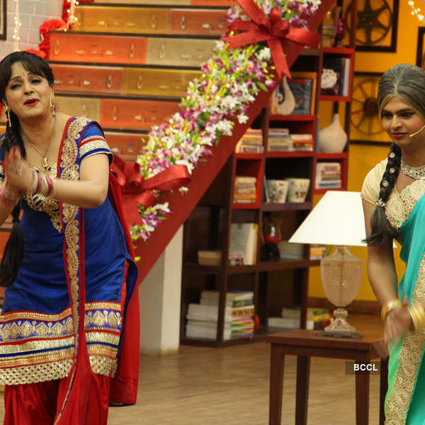 Comedy Classes: On the sets