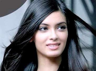 Diana Penty's comeback film 'Happy Bhaag Jayegi'