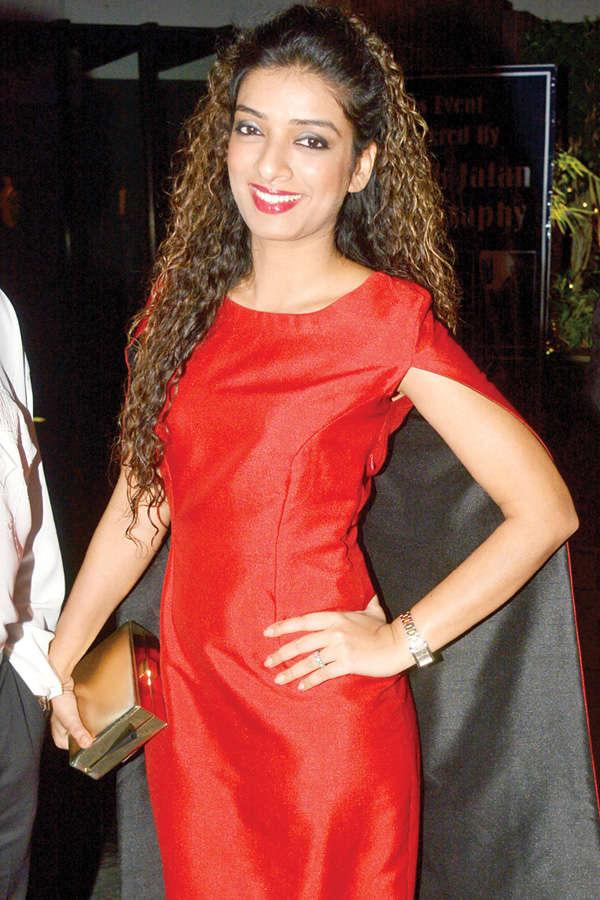 Vartika Singh crowned 2nd Runner-up @ MGI