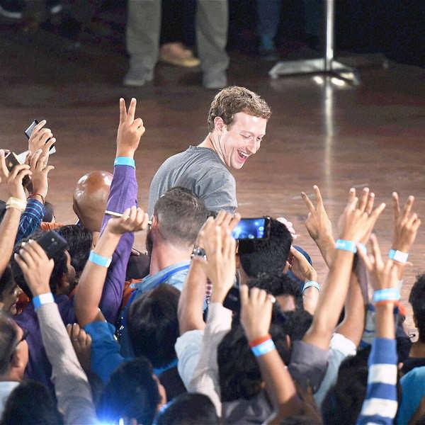 Zuckerberg in favour of net neutrality