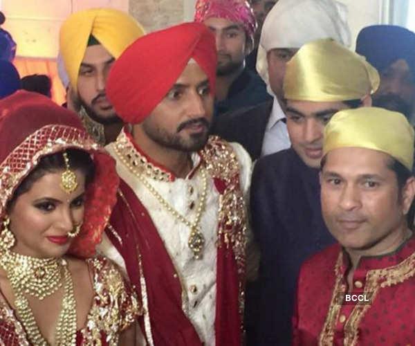 Cricket Legend Sachin Tendulkar Graced Harbhajan Singh And Geeta Basra S Wedding Ceremony In Jalandhar Punjab On October 29 2015 Photogallery