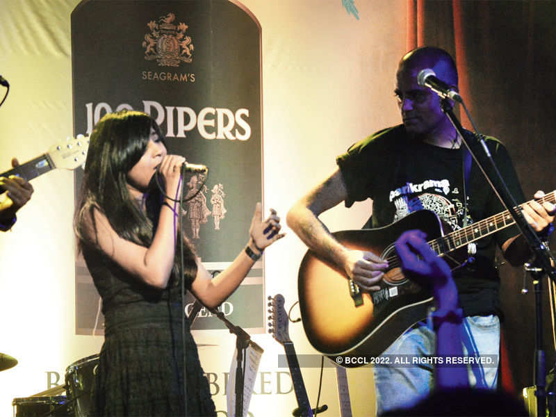 Musicians perform for a cause