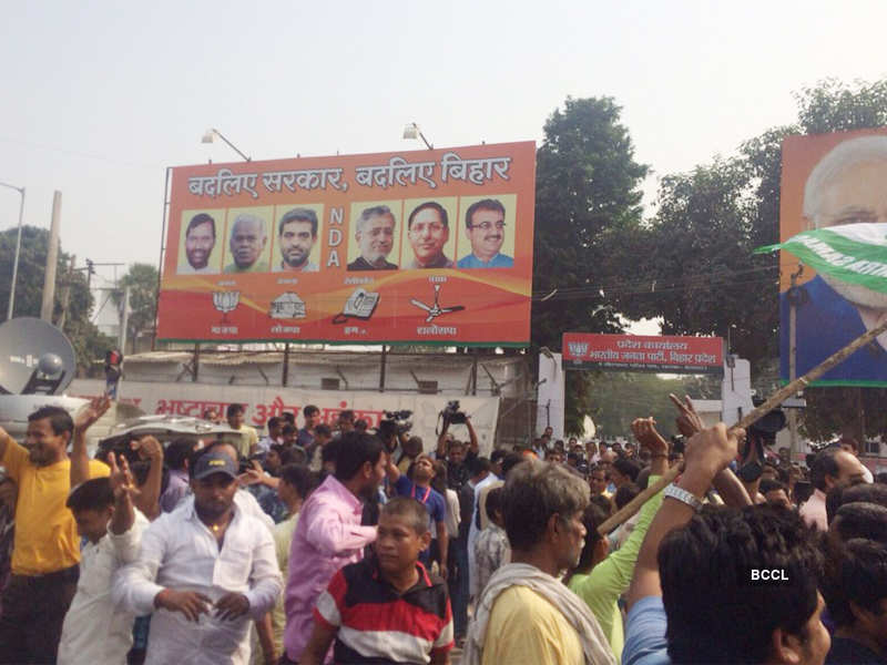Grand Alliance sweeps Bihar elections