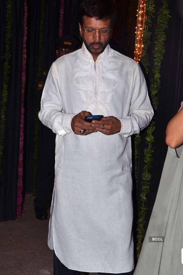 Celebs @ Big B's Diwali party