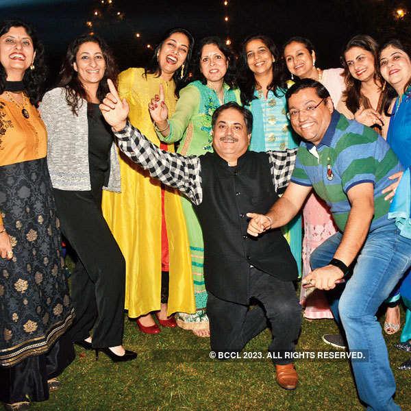 Kanika Kapoor performs in Lucknow