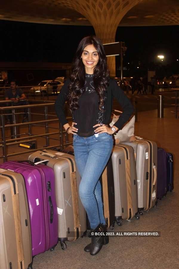 Beauty queen Aafreen Vaz leaves for Miss Supranational 2015