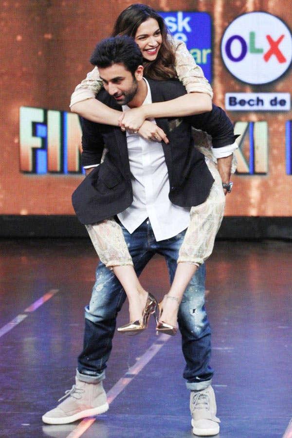Ranbir Kapoor and Deepika Padukone share a light moment
