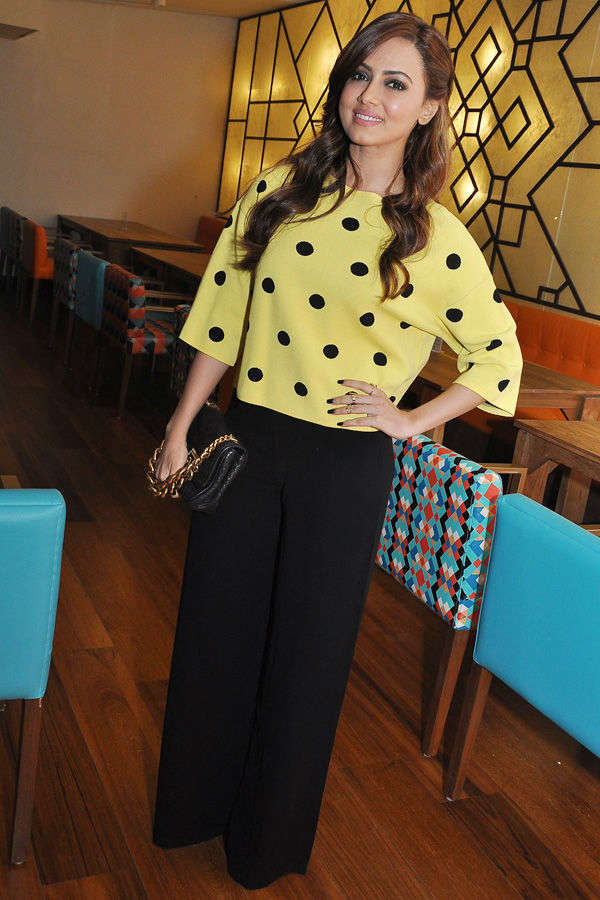 Celebs at restaurant launch