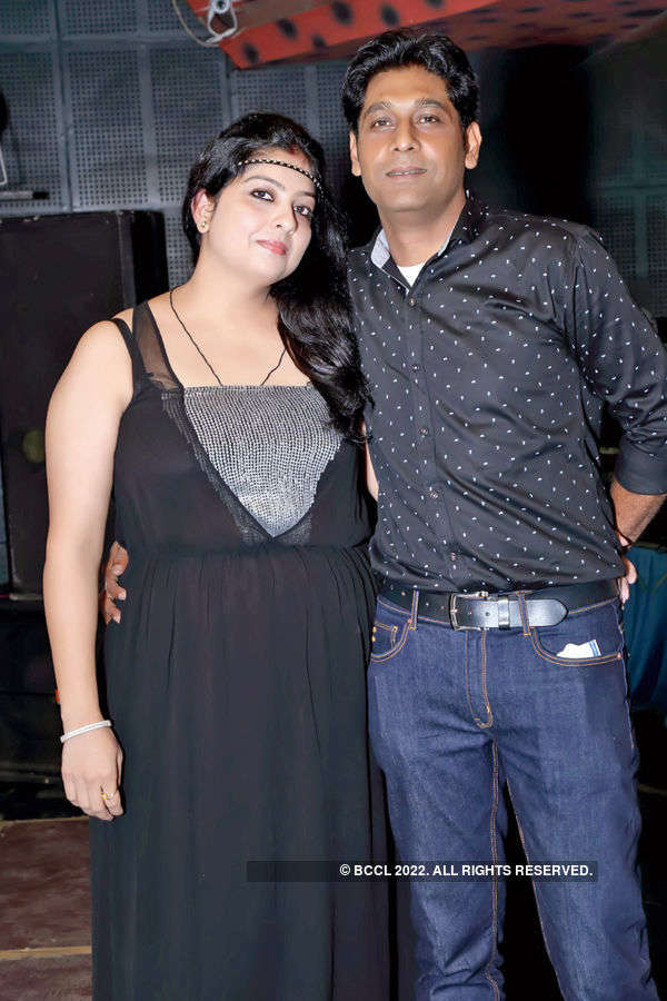 Abhishek, Paul host party