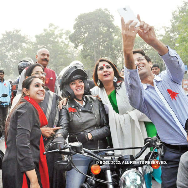 Bike rally to mark World AIDS Day