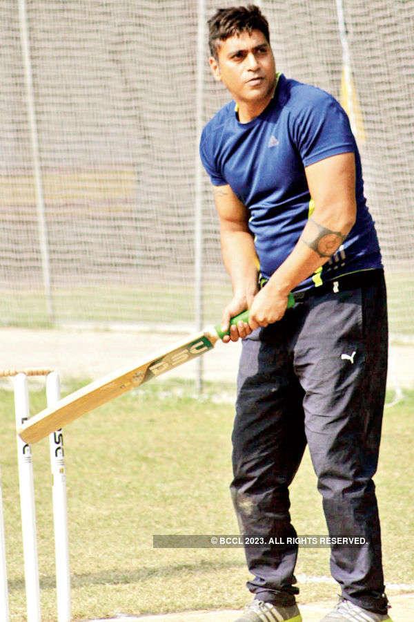 Bonding over cricket