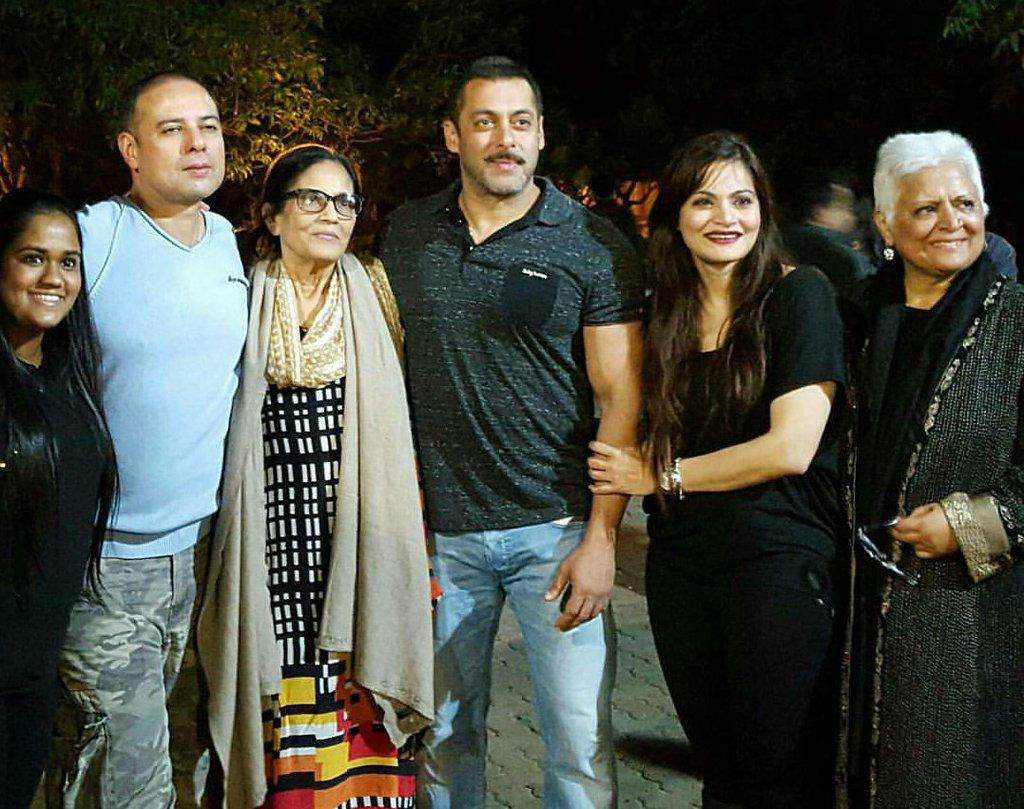 Salman Khan poses with family
