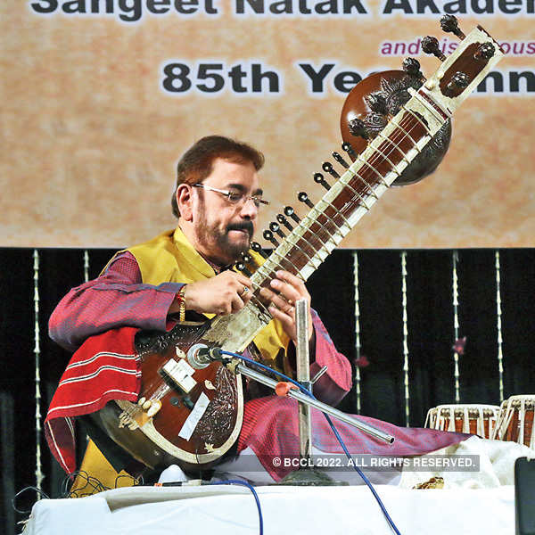 Vijay Kichlu's 85th b'day celebration