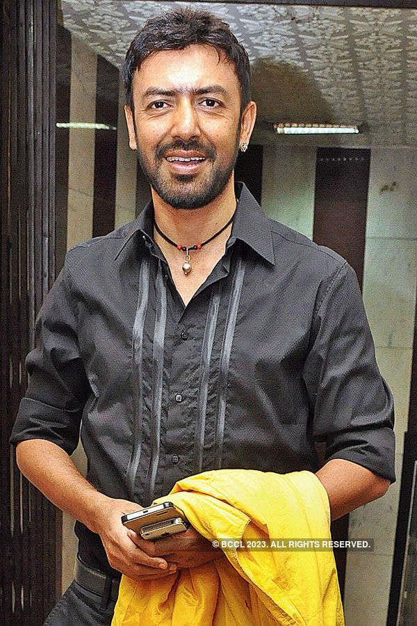 Rater Rajani Gandha: Premiere