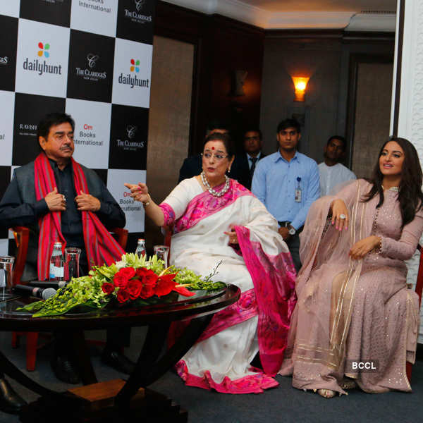Celebs @ Shatrughan Sinha's book launch
