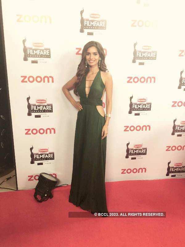 Divas dazzle at the Filmfare awards pre-party