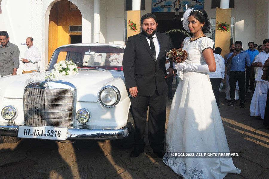 Lijo Jose Pellissery & Jasmine tie the knot