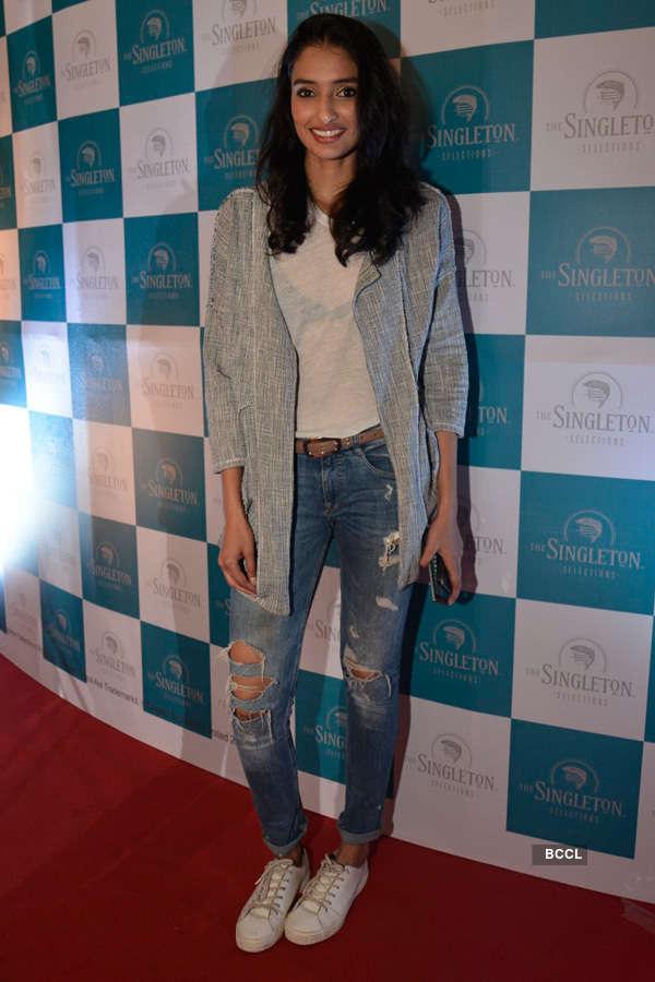 Celebs @ Arjun Khanna's fashion show