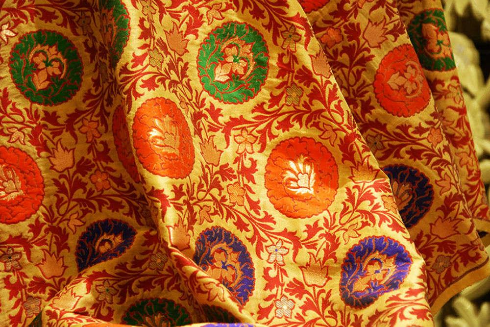 Paithani and Himroo fabric shopping