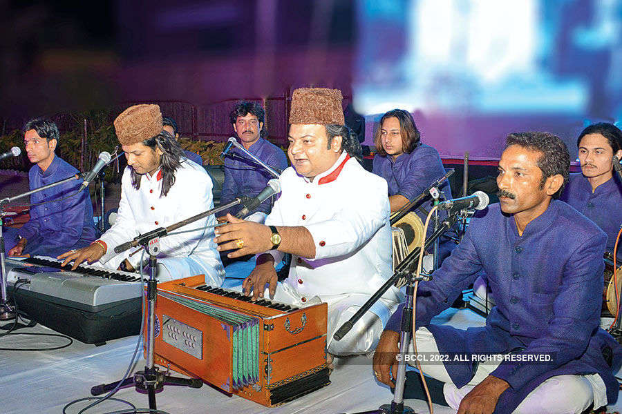 Warsi Brothers' sufi perfromance
