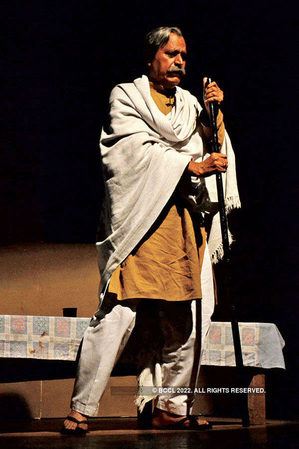 Avtar Gill at theatre festival