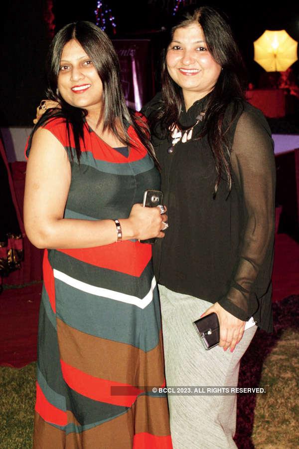 V-Day party @ Manya Club