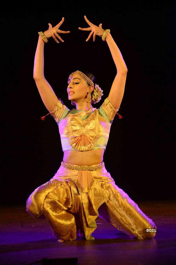 Pernia Qureshi performs at NCPA
