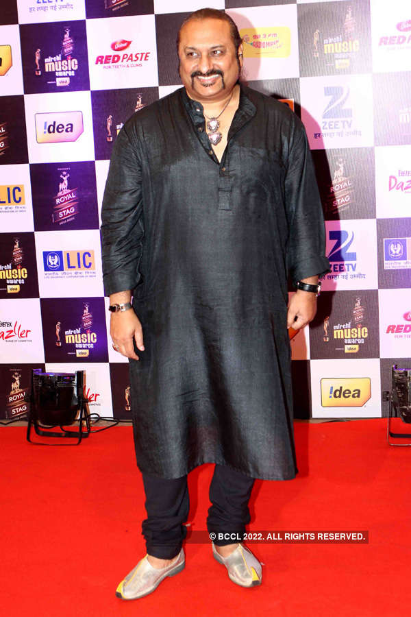 Mirchi Awards '16 – Red Carpet