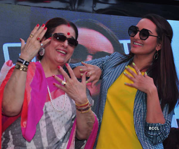 Sonakshi @ Women's Day