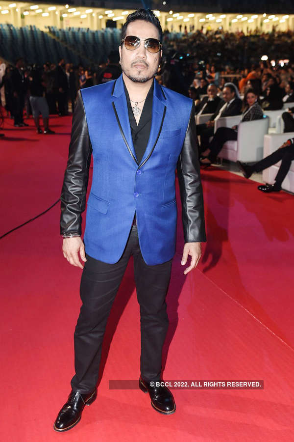 TOIFA 2016 : Red Carpet
