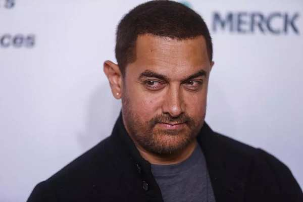 Aamir Khan not siding with Kangana Ranaut against Hrithik Roshan