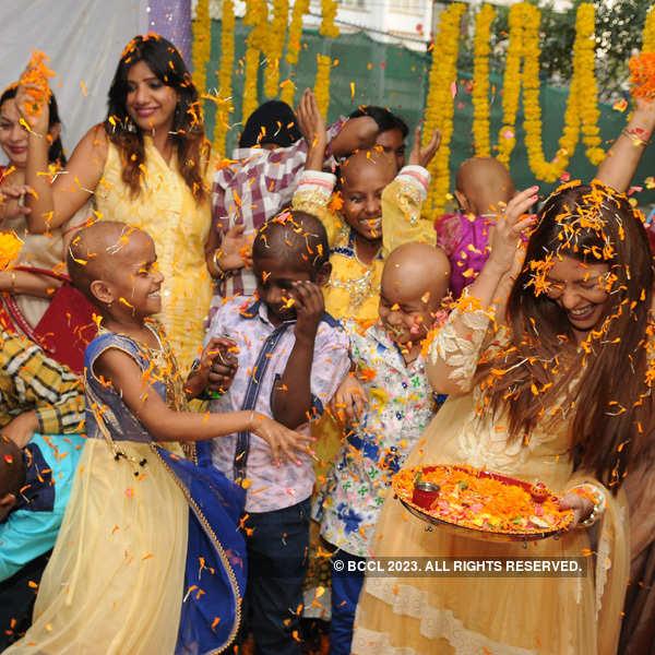 Socialites at Holi get-together