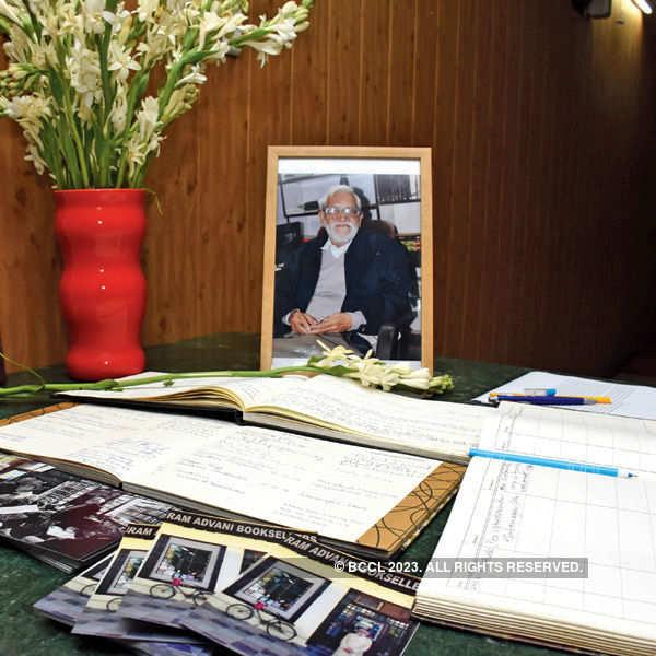 Ram Advani's memorial