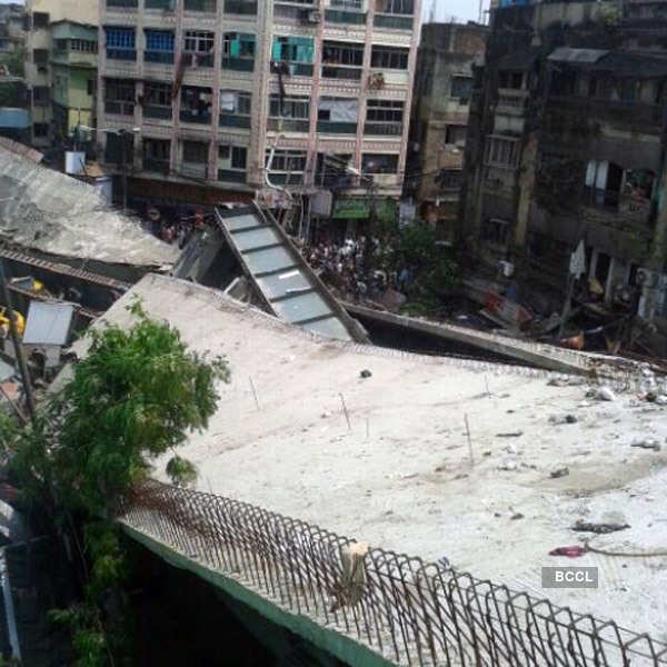 Many feared trapped as Kolkata flyover collapses