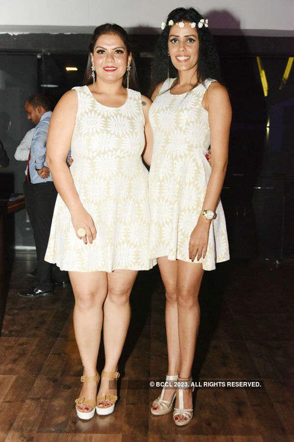 Sadhana & Poonam host b'day party