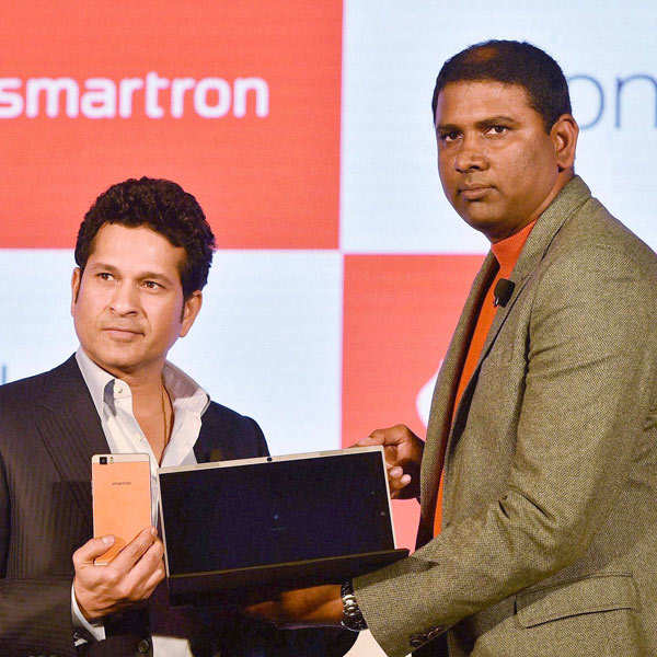 Sachin launches t.book, t.phone