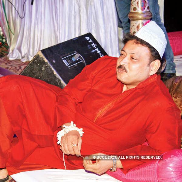 Theme party in Banaras