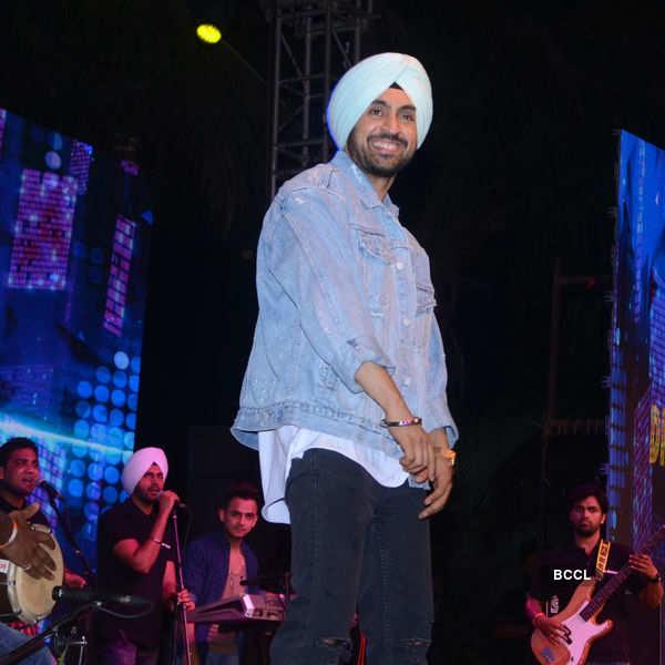 Punjabi Icon Awards 2016