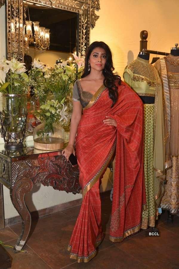 JJ Valaya's collection at Jhelum store