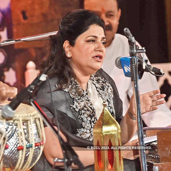 Anita Singhvi performs at Sufi evening