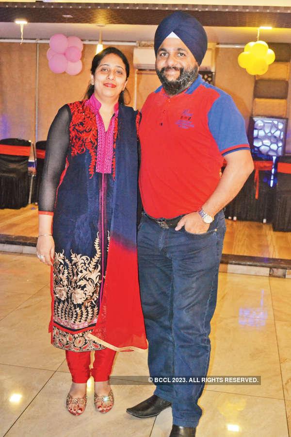Kanwaljit, Minni's party