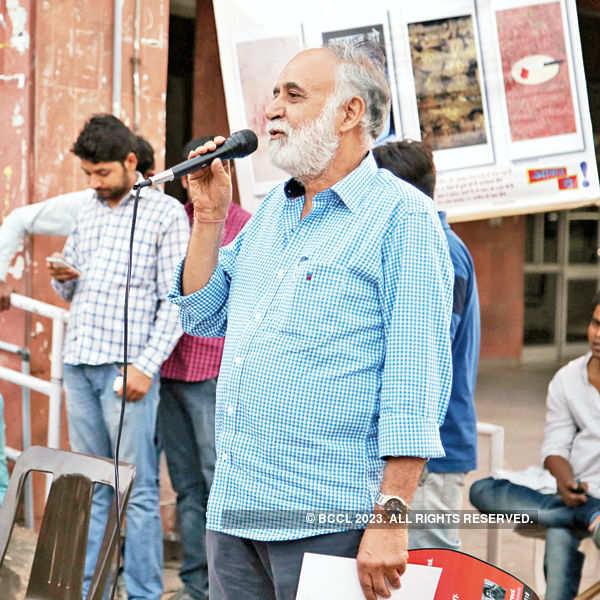 Tribute to Safdar @ JNU