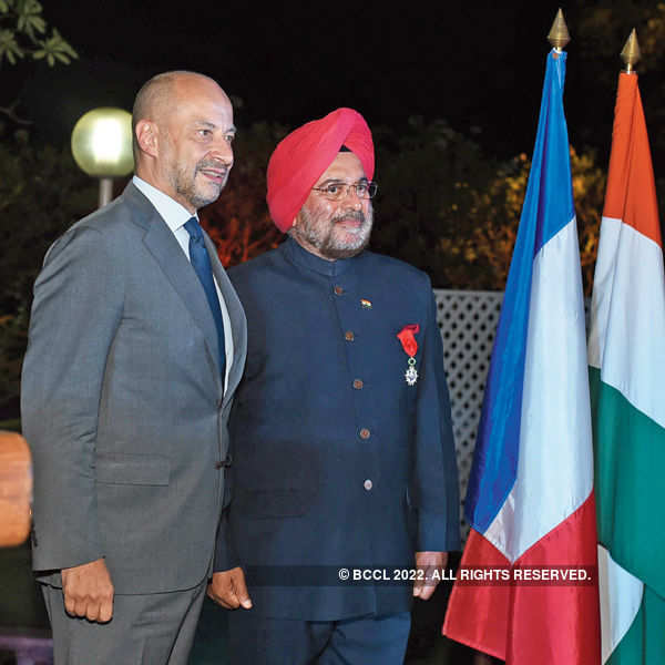 Former Army Chief honoured by French govt