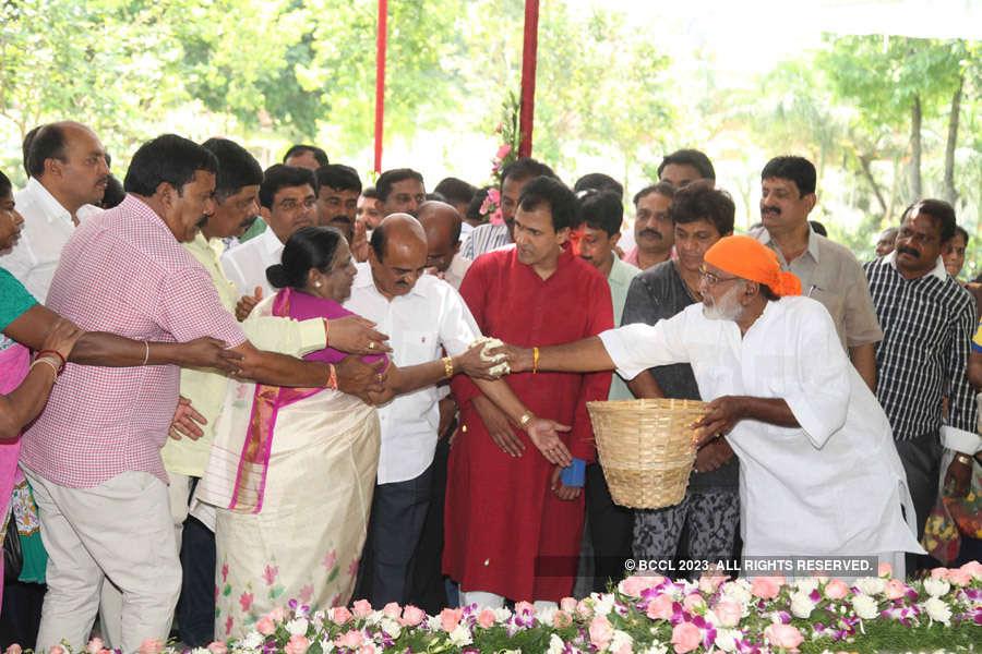 Dr Rajkumar's 87th birth anniversary