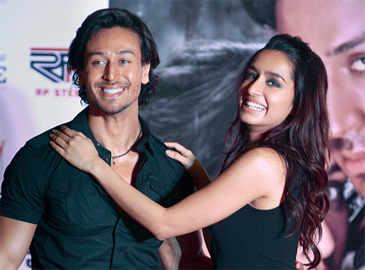 Tiger Shroff regrets not proposing Shraddha Kapoor