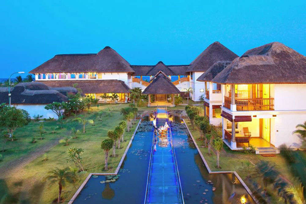 Top 5 Hotels In Pondicherry Trendy Seaside Times Of India Travel