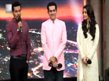 Aishwarya Rai, Randeep Hooda promote 'Sarbjit' on 'India's Got Talent 7'