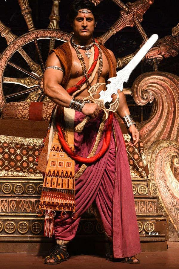 Chakravartin Ashoka Samrat: On the sets